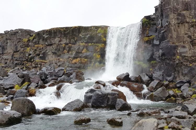 Водопад Öxarárfoss в парке Тингведлир
