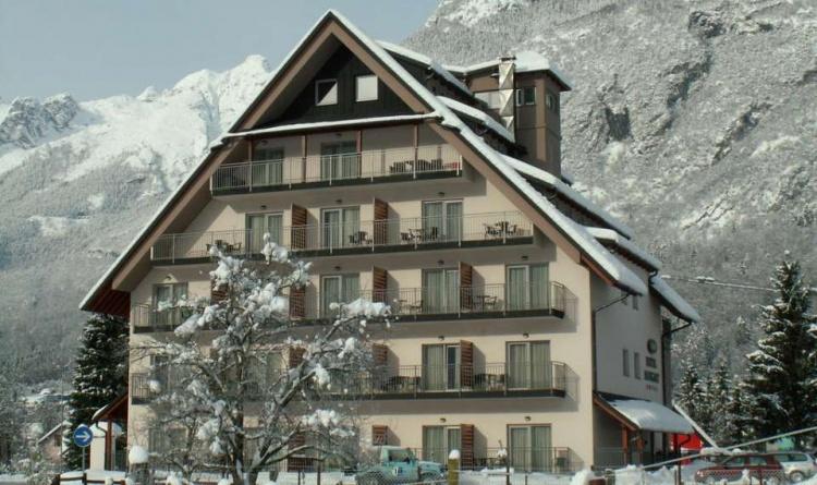 Hotel Mangart в Бовец