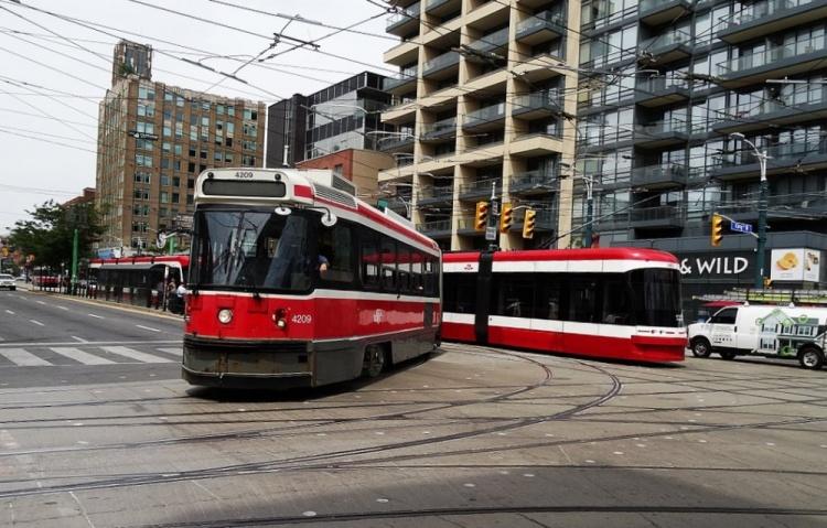 Общественный транспорт в Торонто