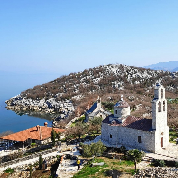 Скадарское озеро, монастырь Бешка