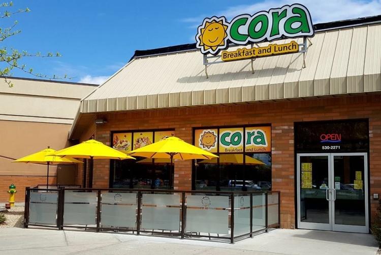 Cora ресторан в Монреале