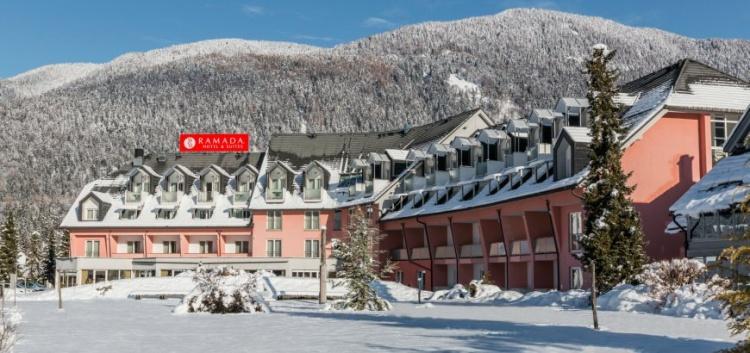 Отели в Краньска Гора, Ramada Resort