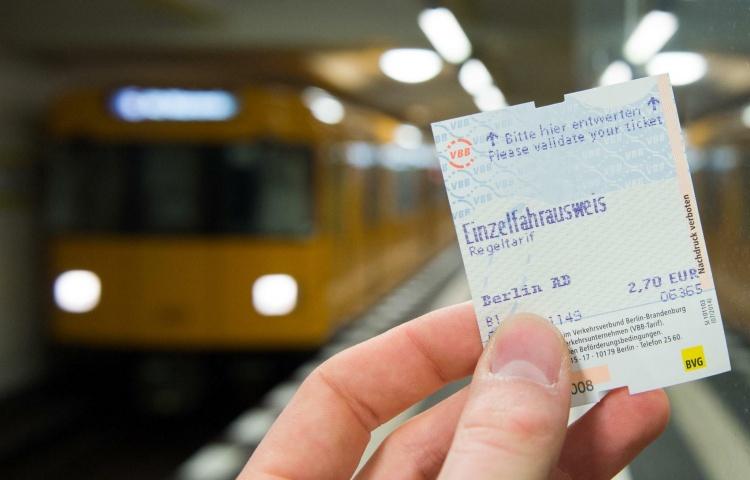 Einzelfahrschein билет в Берлине