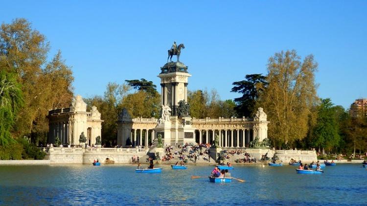Что посетить с детьми в Мадриде. Парк El Retiro