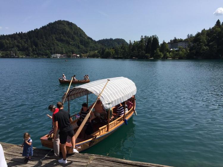 Озеро Блед, прогулка на лодке