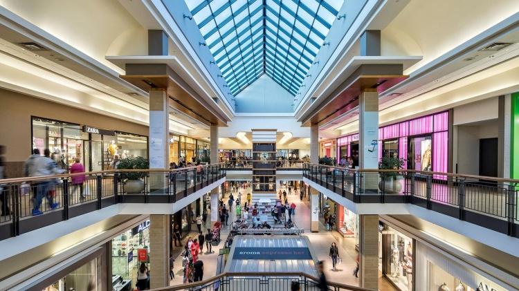 CF Fairview Mall в Торонто