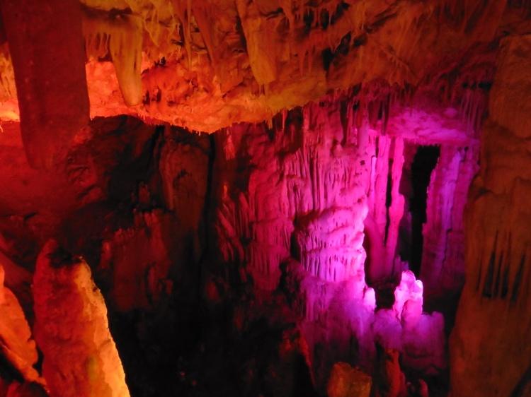 Пещера Сфендони на Крите, фото
