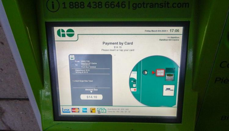 Покупка билета на автобус в Торонто