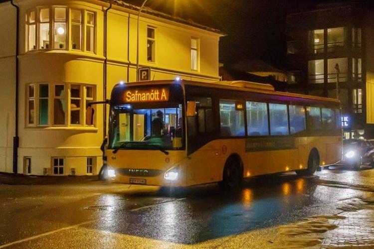 Городские автобусы в Рейкьявике