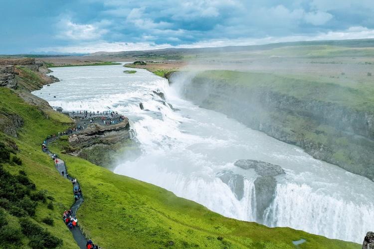 Гейзерная долина в Исландии