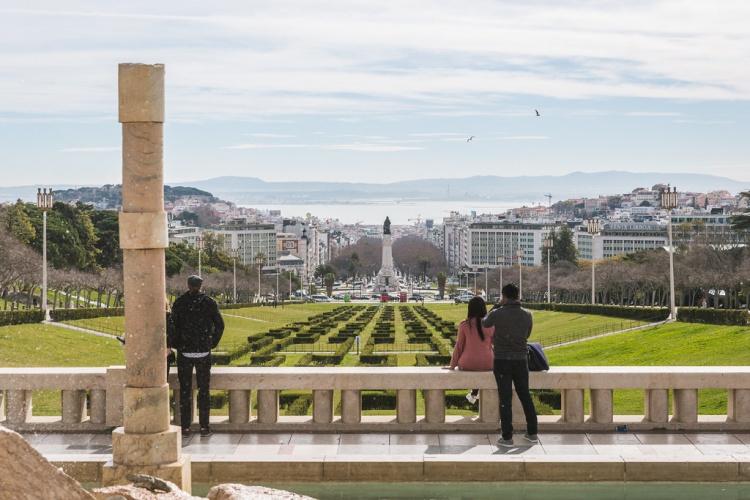 Смотровая площадка в парке Эдуарда, Лиссабон