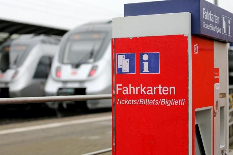 Покупка проездного билета в Германии