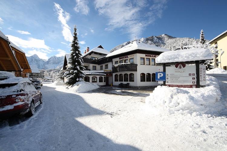 Красивый отель у подножья горы Hotel Miklic, Краньска Гора