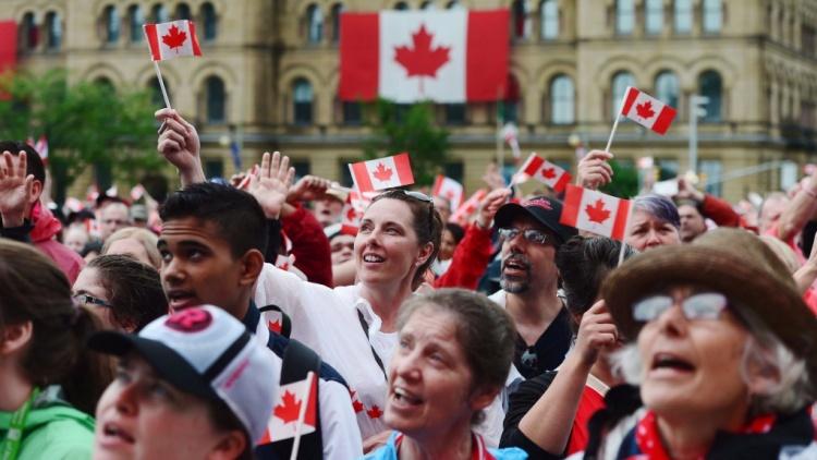 Люди в Канаде