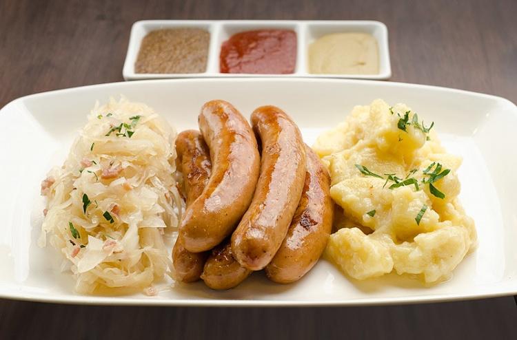 Традиционные немецие сосиски