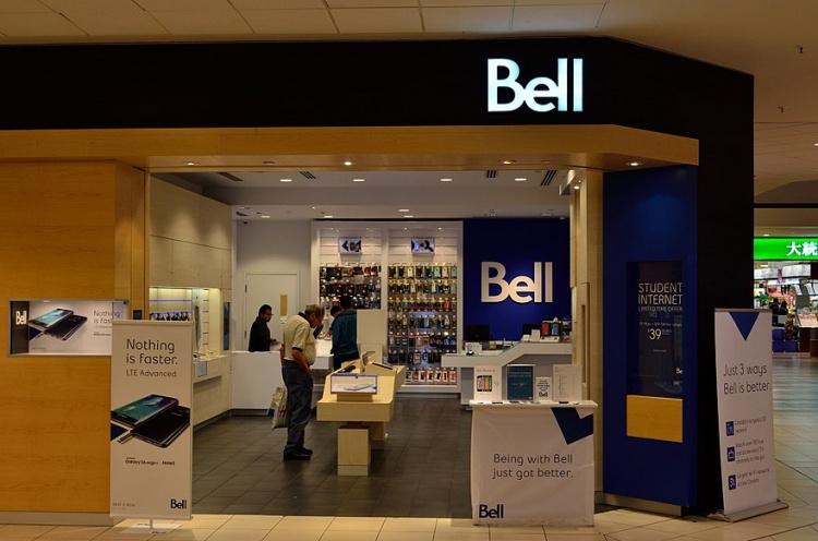Магазин мобильного оператора Bell в Канаде