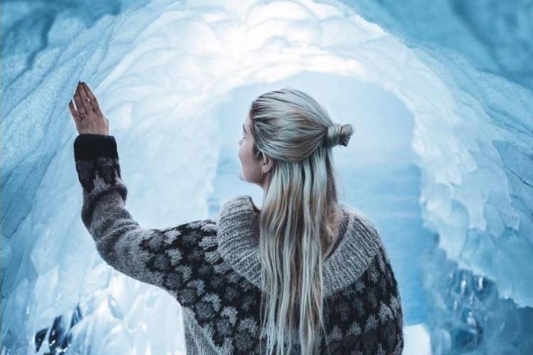 Ледяные пещеры в смотровой Перлан