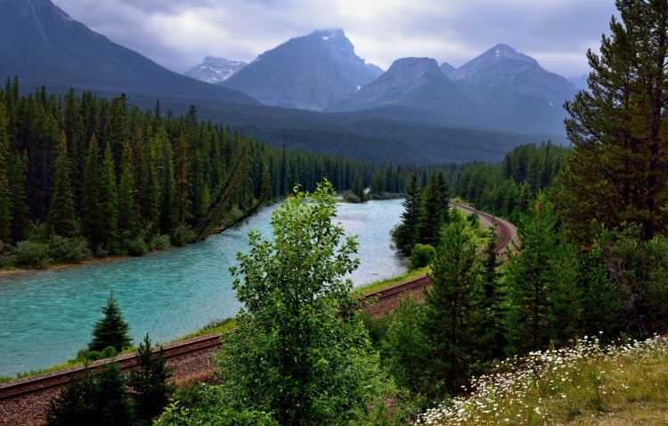 Канадская железная дорога