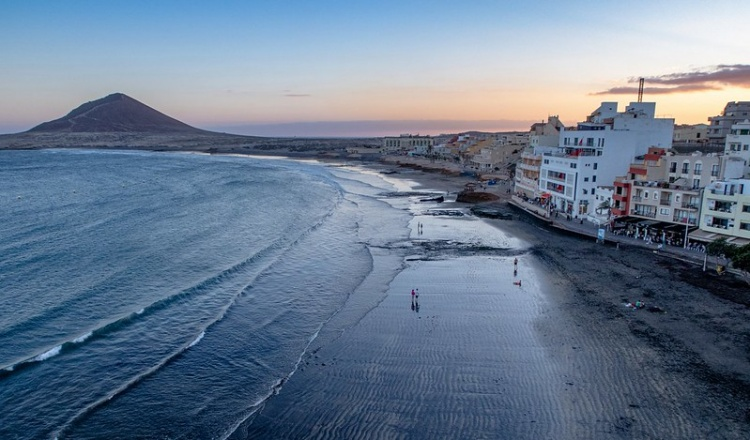 Город Эль Медано для серферов