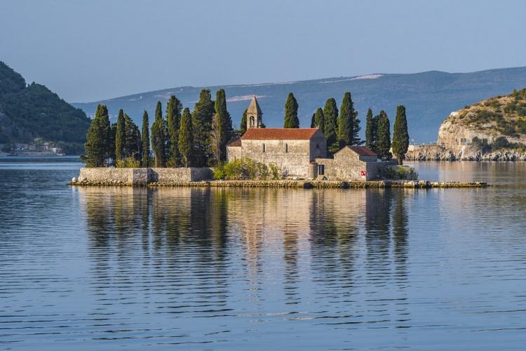Остров Святого Георгия, Черногория