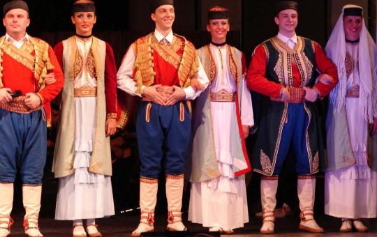Традиции в Черногории: обычаи и культура. Черногория — жемчужина природы - изображение №1