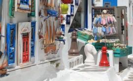 Шопинг в Греции: оставляем место в чемодане для вина, оливок и сыра «Фета» - изображение №3
