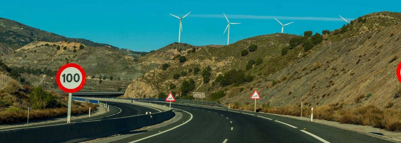 Правила дорожного движения в Испании: платные дороги, парковки, бензин, штрафы