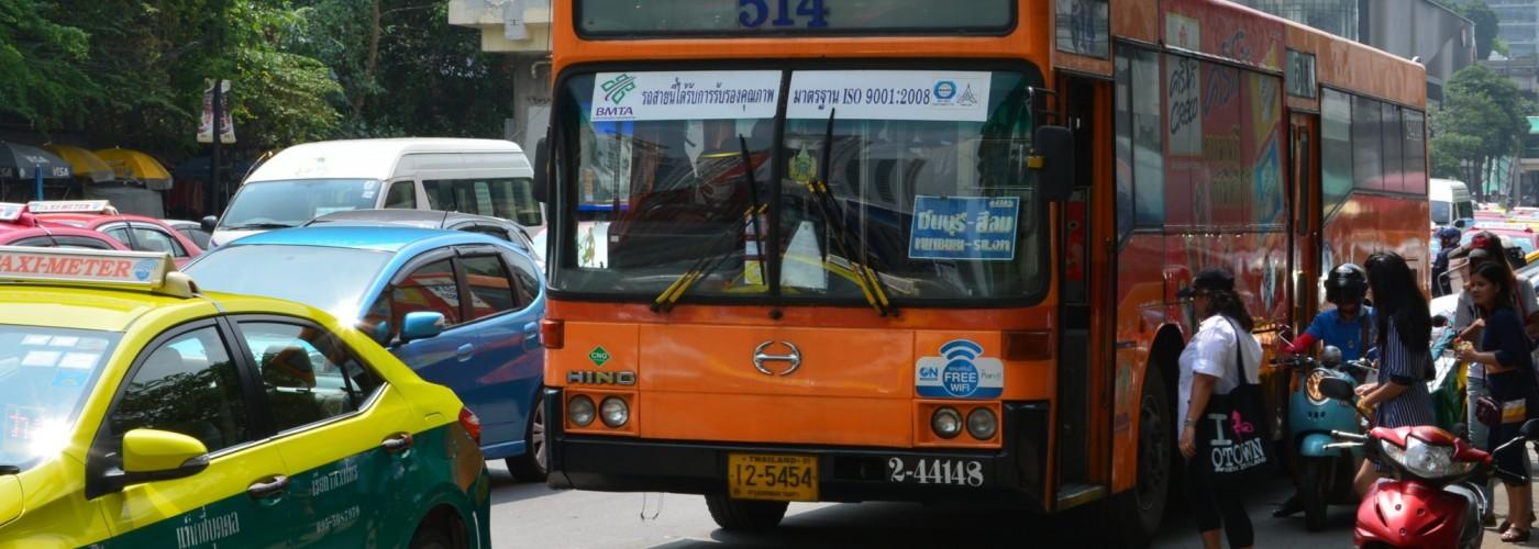 Междугородный общественный транспорт Таиланда: поезда,  автобусы и паромы
