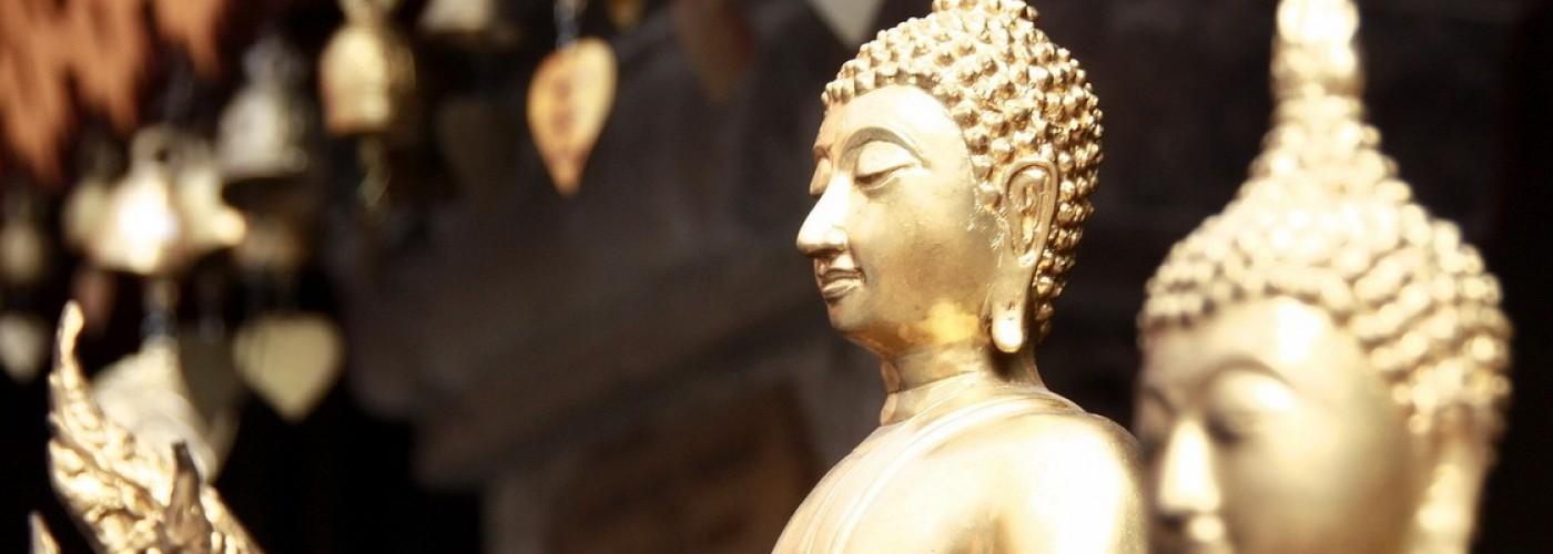 Традиции и обычаи Таиланда: вай, улыбки, буддизм и бытовые привычки местных жителей