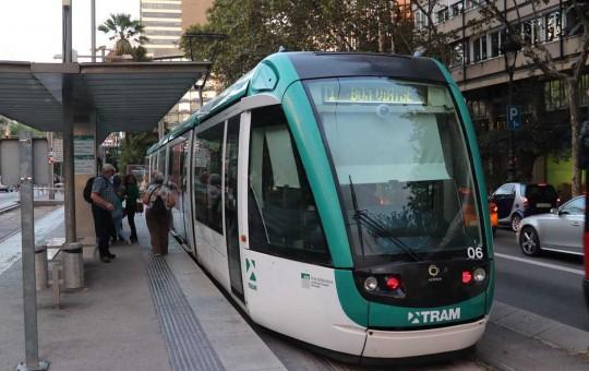 Общественный транспорт Барселоны: метро, автобусы, фуникулер - изображение №1