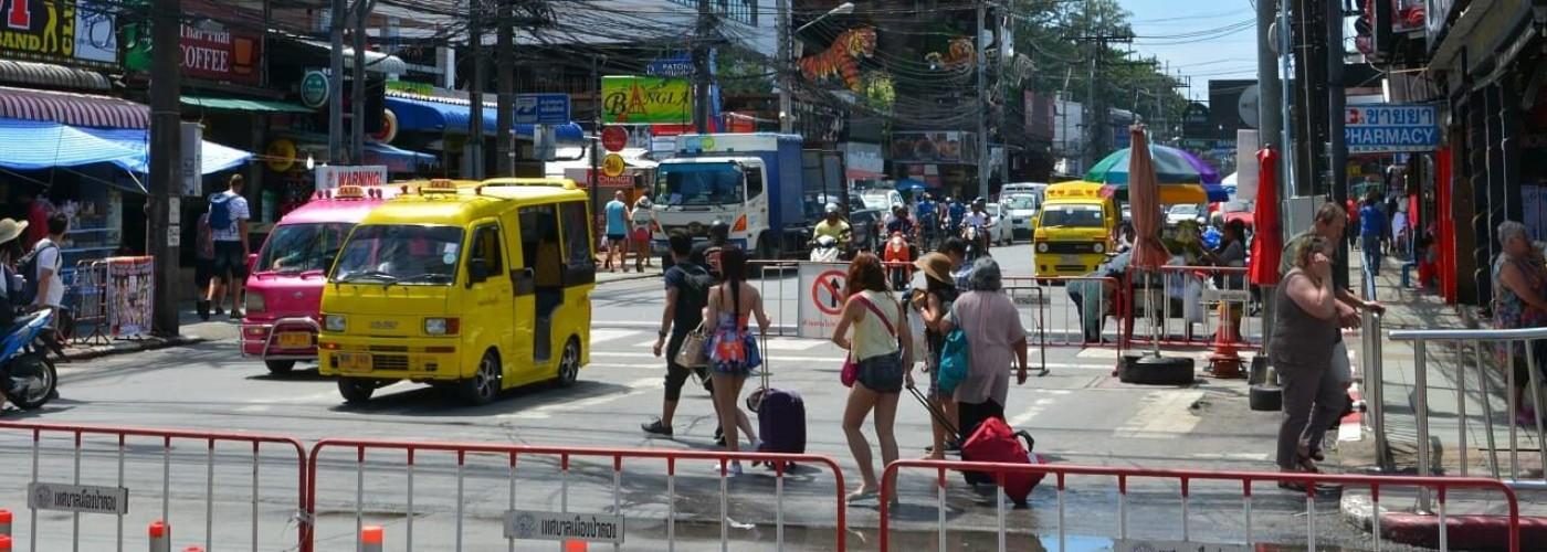 Общественный транспорт Пхукета: автобусы, такси, тук-туки и паромы
