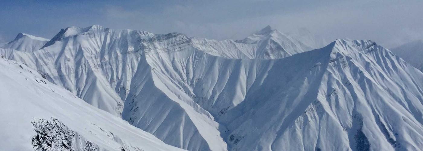 Погода в Гудаури, в какой сезон ехать лыжникам