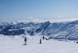 Обучение катанию на лыжах и сноуборде в Гудаури - изображение №4