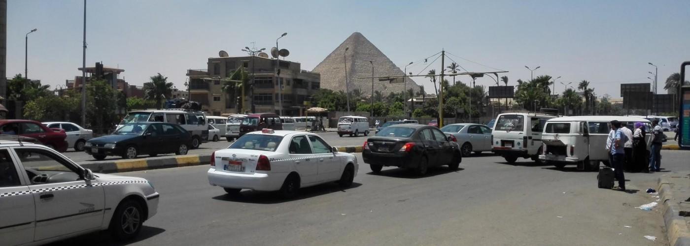 Аренда авто в Египте: как оформить прокат машины, важное о ПДД