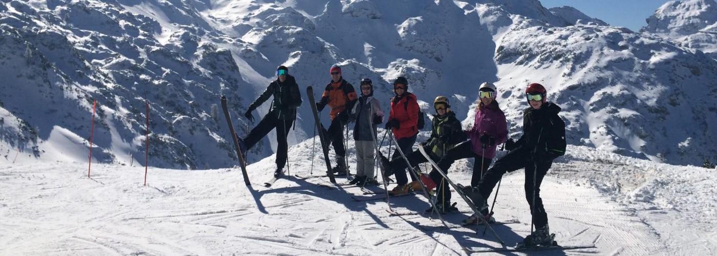 Бовец: прокат снаряжения для лыжников и сноубордистов, цены