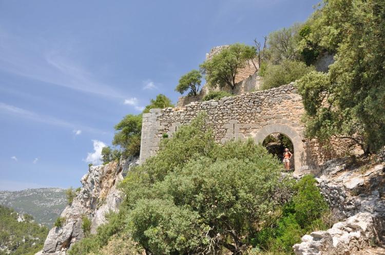 Замок Аларо, Майорка
