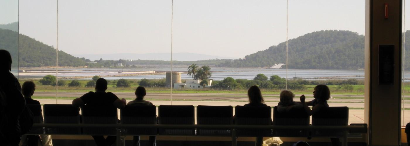 Аэропорт Ибицы: как добраться до острова