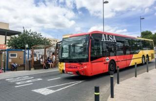 Автобусы, такси и паромы — транспорт на Ибице