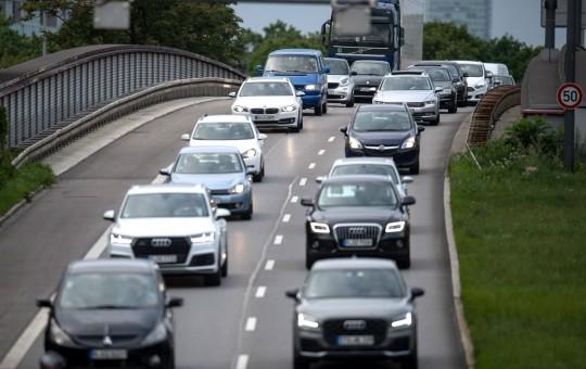 Правила дорожного движения и все, что нужно знать о дорогах Германии - изображение №1