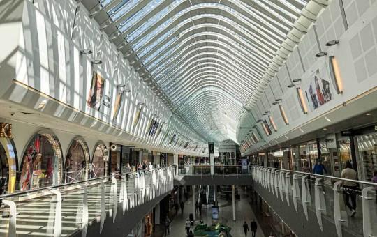 Шопинг в Рейкьявике: главные ТЦ и торговые улицы, интересные магазины и рынки - изображение №1