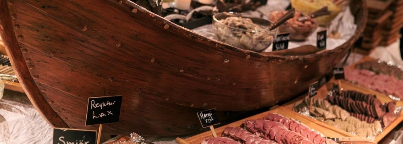 Тухлая акула, китятина и другая необычная еда Исландии