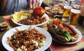 Еда в Монреале — гастрономической столице Канады - изображение №3