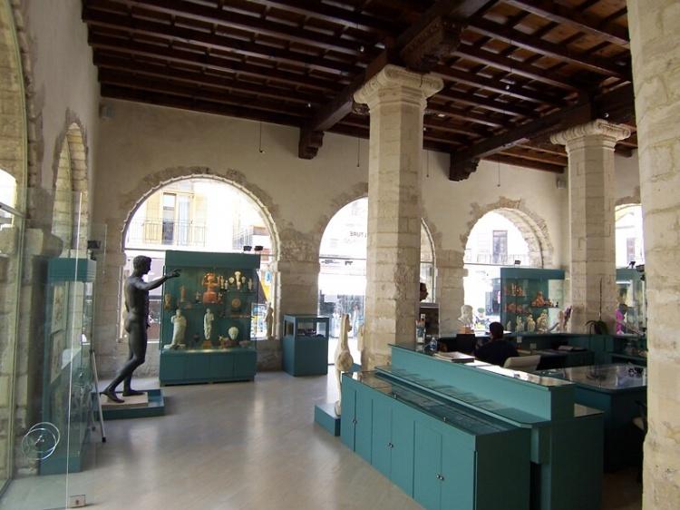 Археологический музей, Ретимно,фото