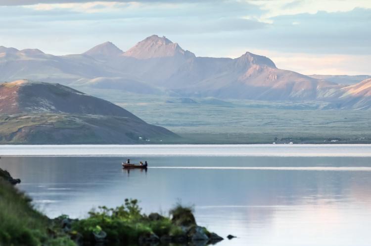 Озеро Þingvallavatn в Исландии