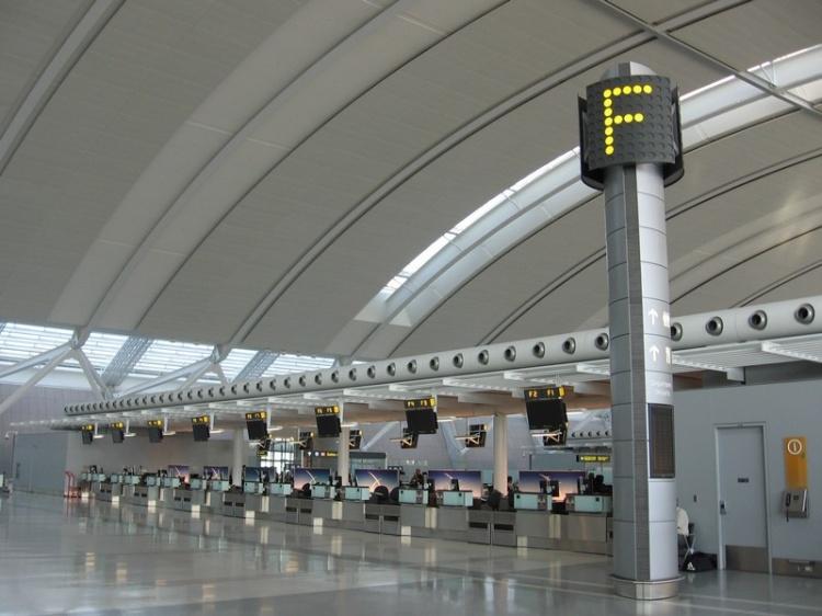 Терминалы в аэропорту Пирсон Торонто