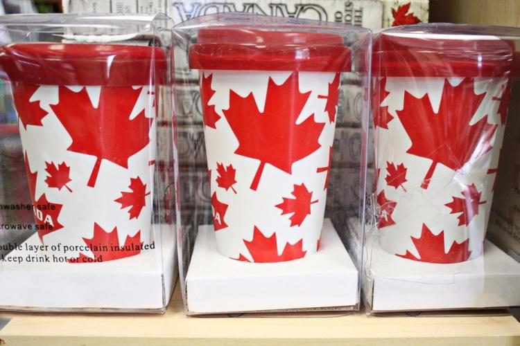 Сувениры из Канады