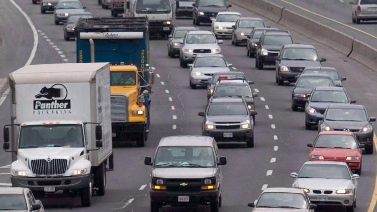 Выбрать машину для аренды в Торонто