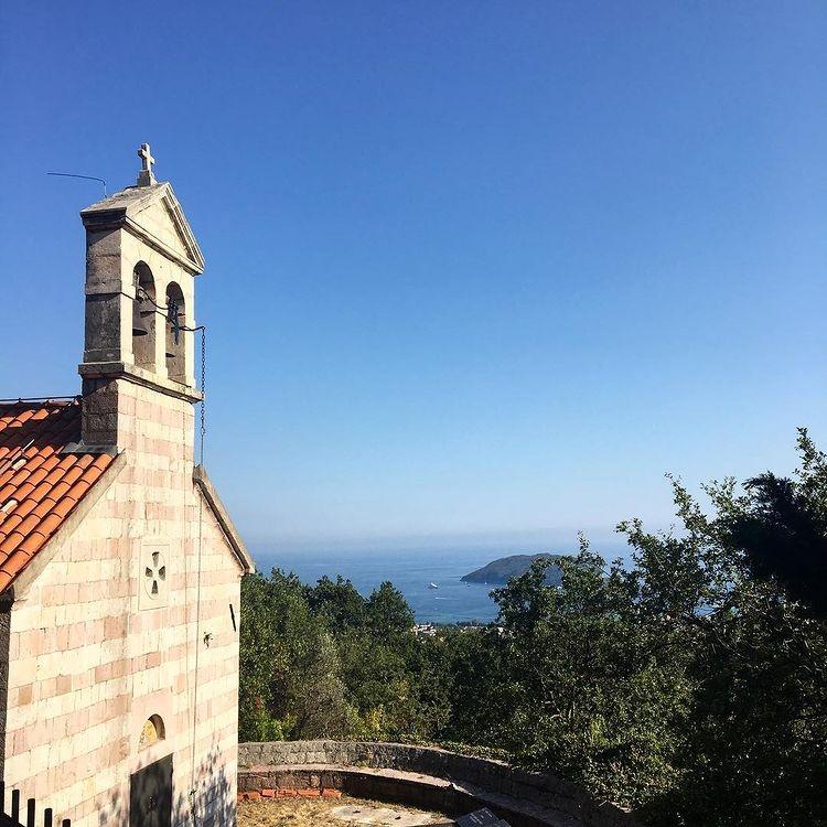 Монастырь Подмаине, Черногория