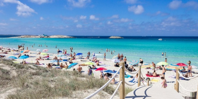 Плайя ден Босса пляж на Ибице