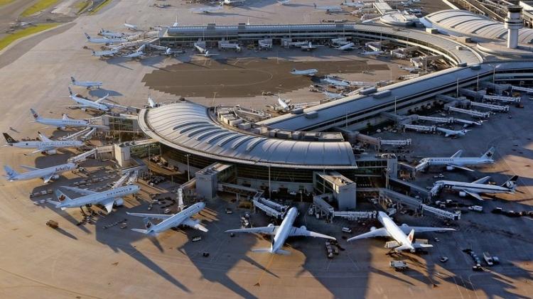 Pearson International Airport Торонто